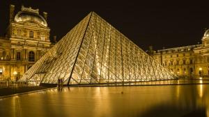 การท่องเที่ยวปารีสด้วยตัวเอง